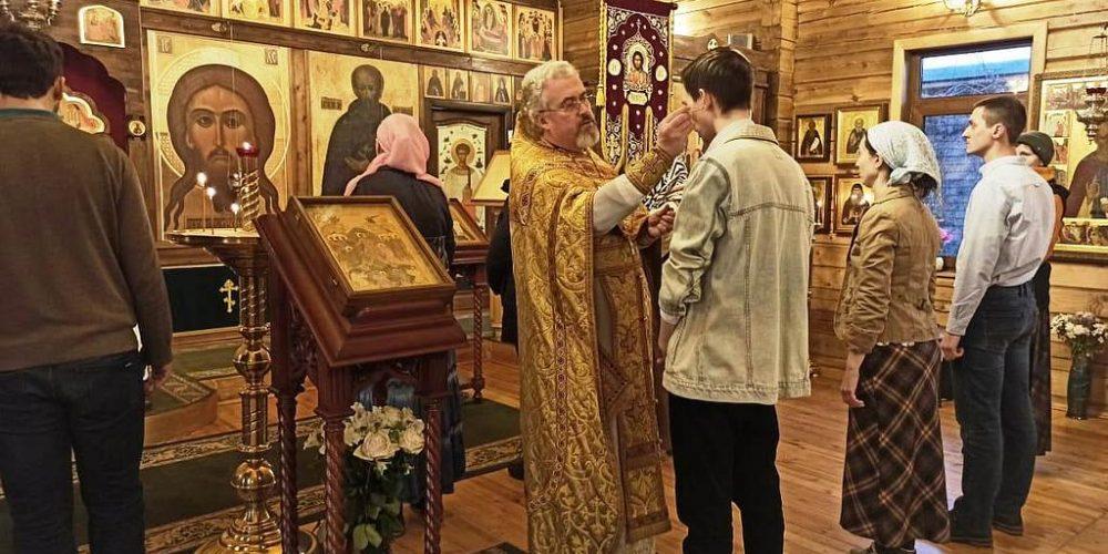 В храме преподобного Иосифа Волоцкого в Старом Беляеве был совершен Чин присоединения к Православной Церкви